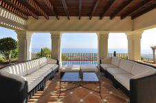Villa en Marbella - Villa con piscina en Marbella