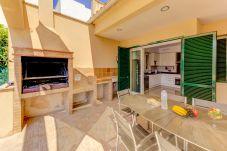 Villa en Port de Pollença - Villa de 4 dormitorios a300 mde la playa