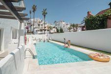 Apartamento en Nueva andalucia - Apartamento para 6 personas a2 kmde la playa