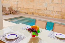 Villa en Port de Pollença - Villa de 3 dormitorios a210 mde la playa