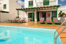 Villa en Playa Blanca - Villa para 6 personas a1 kmde la playa