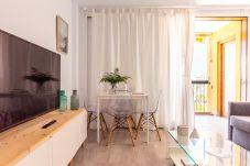 Apartamento en Adeje - BEACH APT WITH SEA VIEW & POOL, 50  STEPS TO THE SEA