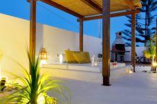 Villa en Tías - Villa Princesa Dácil  piscina climatizada y BBQ