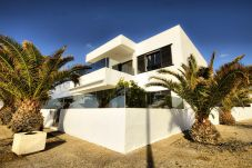 House in Playa Honda - House for 2 people to 40 m beach